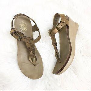 Shoes - Gold Hokus Pokus wedge sandals